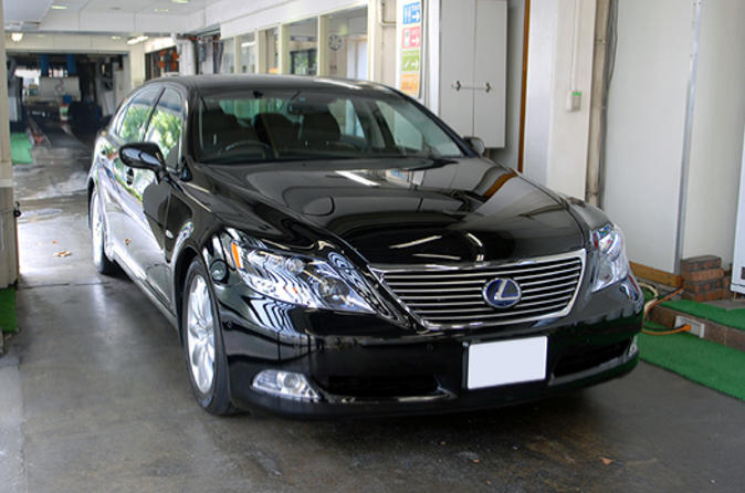 Private Departure Transfer: Osaka City to Osaka Airports