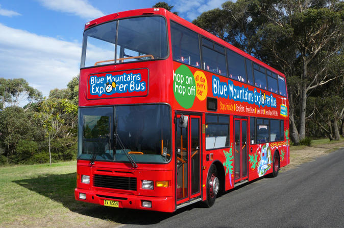 Blue mountains hop on hop off tour with optional scenic world rides in katoomba 137638