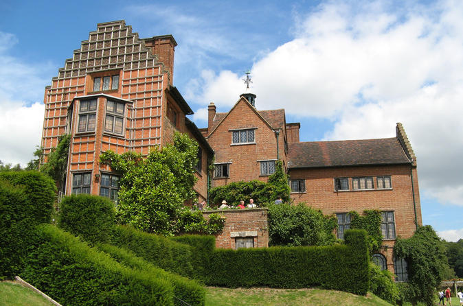 Chartwell House The Home of Sir Winston Churchill -  A Private Tour From London