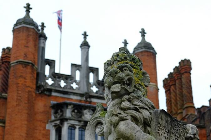 Private Bespoke Hampton Court Palace Tour
