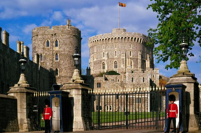 Windsor Castle and Hampton Court Palace - Private Bespoke Tour From London