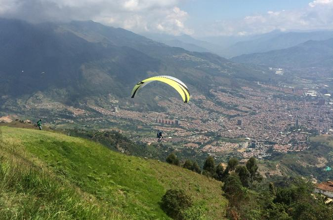 Andes Paragliding Tour from Medellin