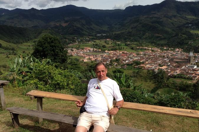 Combo Tour: Coffee and Christmas Lights Tour from Medellín