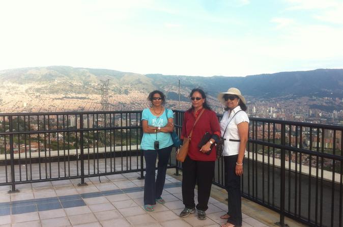Private Santafé de Antioquia and Medellín Sightseeing Tour