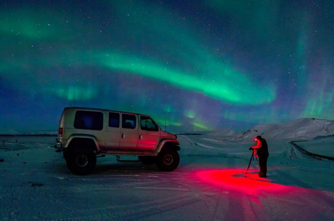Reykjavik Northern Lights Small-Group Tour by Super Jeep