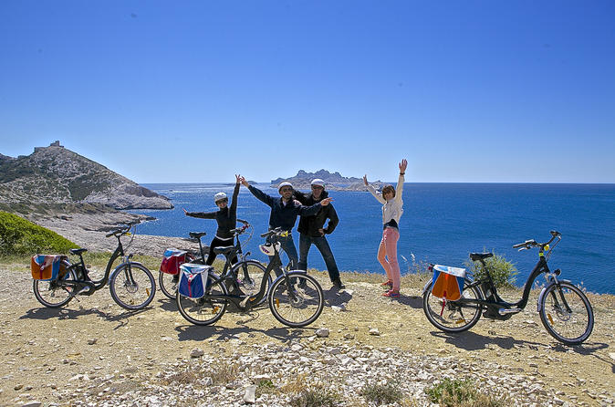 Electric bike tour to the calanques from marseille in marseille 159363