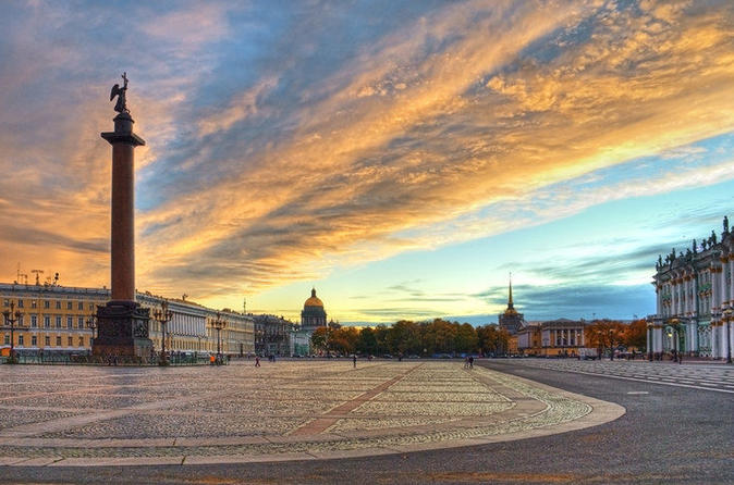 Comfortable 2-day Private Shore Excursion in St Petersburg with Free Time