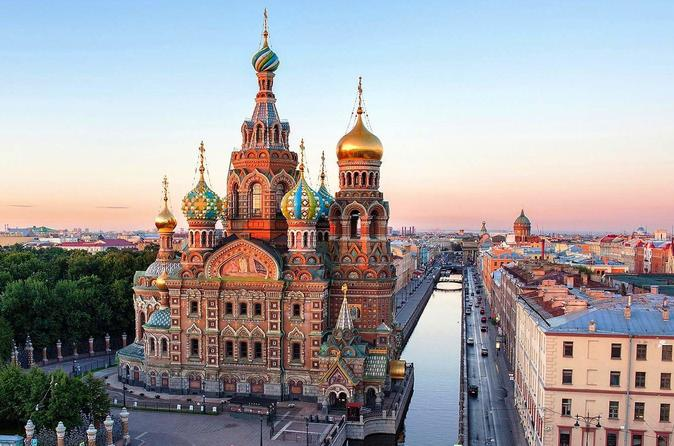 Private 2-Day Shore Excursion in St Petersburg: Visa-free Tour with Canal Cruise