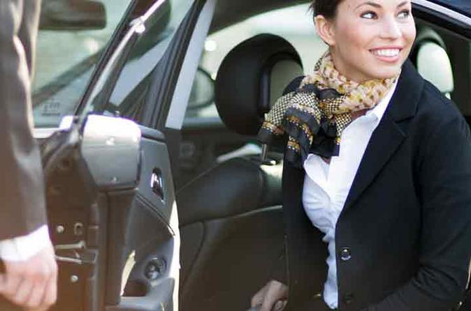 Private luxury transfer from the Civitavecchia port to hotel in Rome
