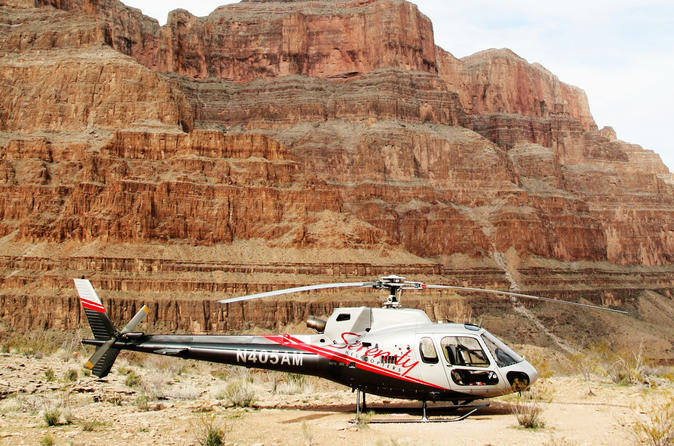 Tour de helicóptero ao Grand Canyon com piquenique na margem oeste