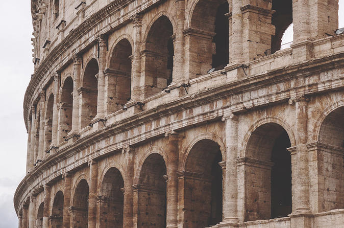 Ancient Rome - Private Colosseum and Roman Forum Guided Tour