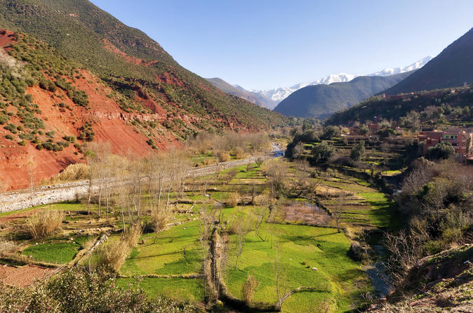 Day Trip to Atlas Mountains from Marrakech with Optional Visit to Takerkoust Lake and Kik Plateau