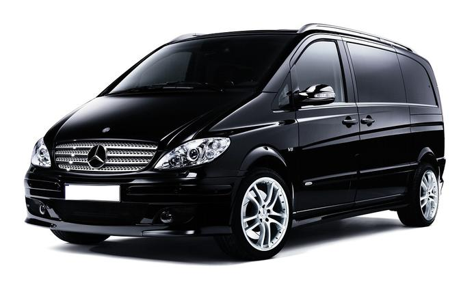 St Petersburg Pulkovo Airport to City Center Minibus Taxi