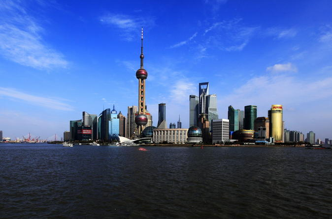 Cultural Shanghai Day Tour: Shanghai Museum, Yu Garden, the Old Town Bazaars and Huangpu River Cruise