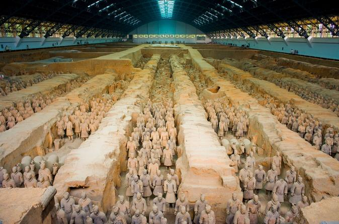 Day Trip to Xi'an from Shanghai by Air including Private Terracotta Warriors Tour