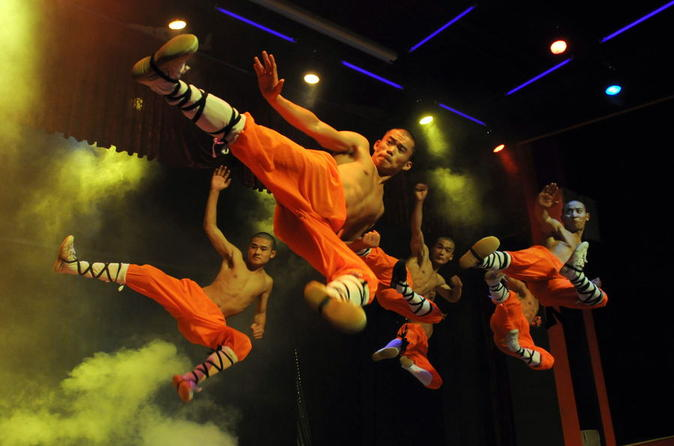 Shaolin Kung Fu Show in Beijing Red Theater