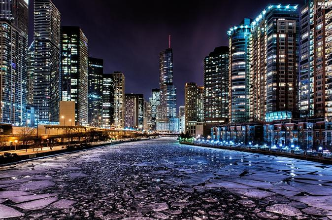Chicago River Architecture Walking Tour