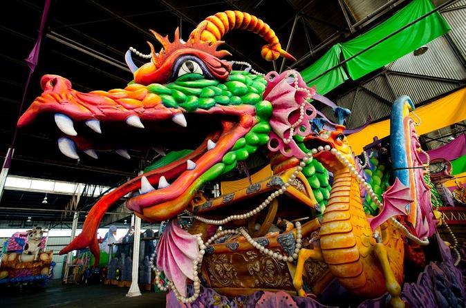 Excursão por trás dos bastidores de Mardi Gras World, em Nova Orleans