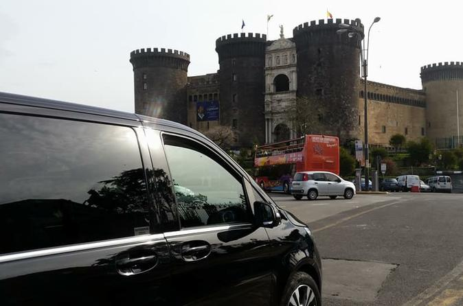 Private transfer from Naples to Positano with stop up to 3 hours in Pompeii