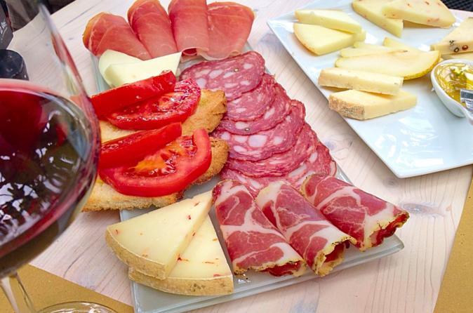 Local Food and Wine Walking Tour around Rome