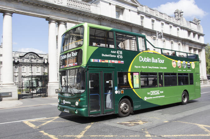 Dublin Freedom Pass: Unlimited Transport and Hop-On Hop-Off Sightseeing