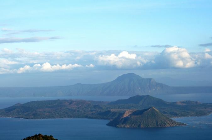 Taal Cruise Excursion: Taal Volcano, Tagaytay and Taal Heritage Town