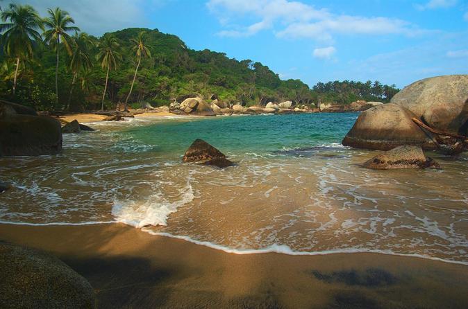 Viagem diurna ao Parque Nacional de Tayrona e à Praia saindo de Santa Marta
