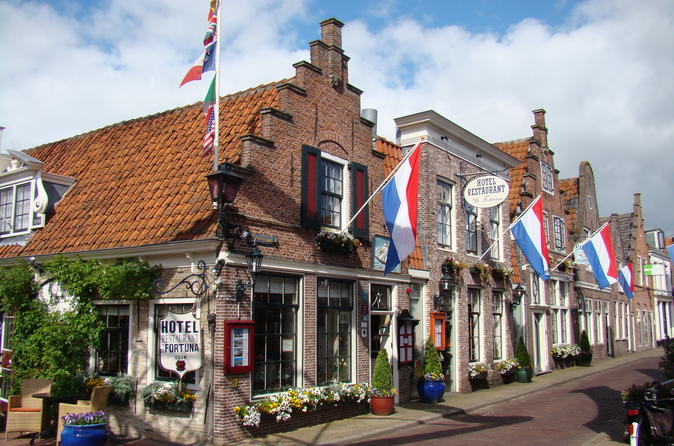 Private Full-Day Northern Holland Tour by Public Transport from Amsterdam