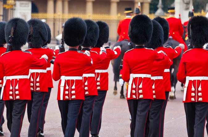 Excursão pelo Palácio de Buckingham, incluindo cerimônia de Troca da Guarda