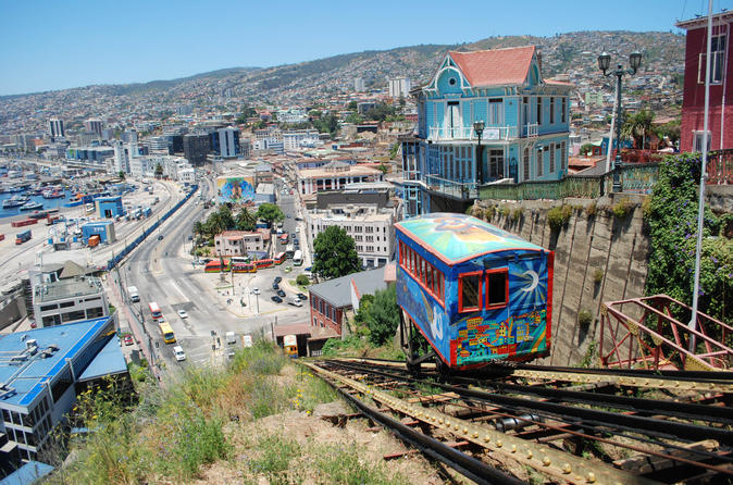 Costa Viña del Mar e Histórica Valparaíso saindo de Santiago