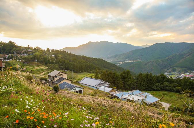 Caminhada autoguiada de 3 ou 4 dias pela Rota de peregrinação Kumano Kodo incluindo acomodação e transporte