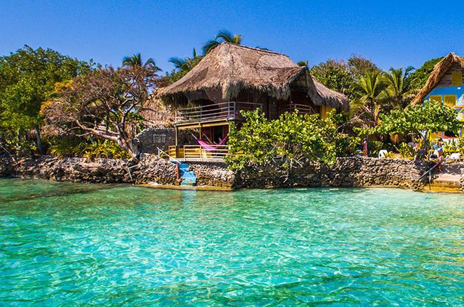 Excursão de dia inteiro à Isla del Pirata a partir de Cartagena