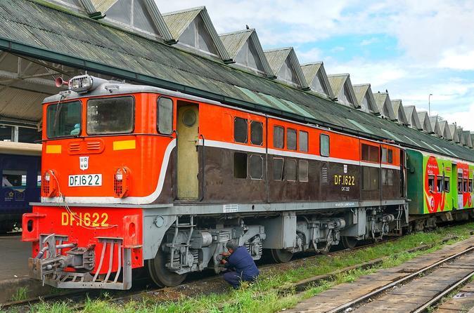 Yangon by Circular Train