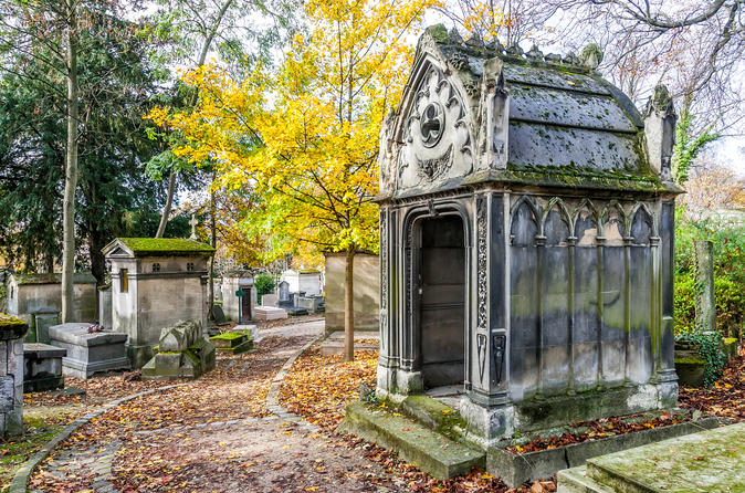 Semi-Private Guided Walking Tour Pere Lachaise Cemetery