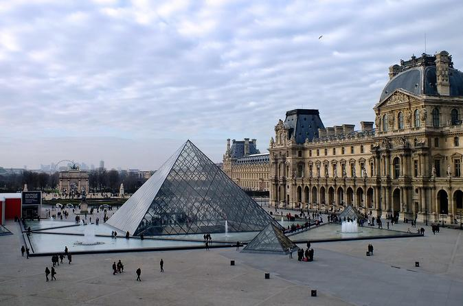 Super Saver Skip-the-line & Semi-Private Guided Tour: Louvre and Orsay Museums