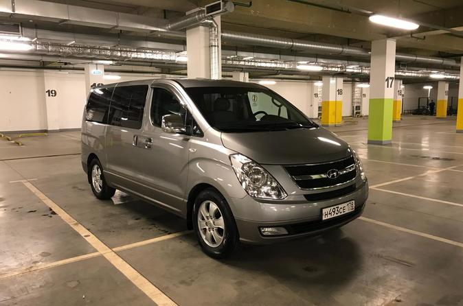 Minivan Taxi from St Petersburg airport Pulkovo to the city