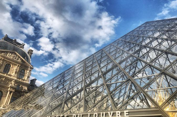 Semi-Private Louvre Masterpieces with Skip-the-Line-Access