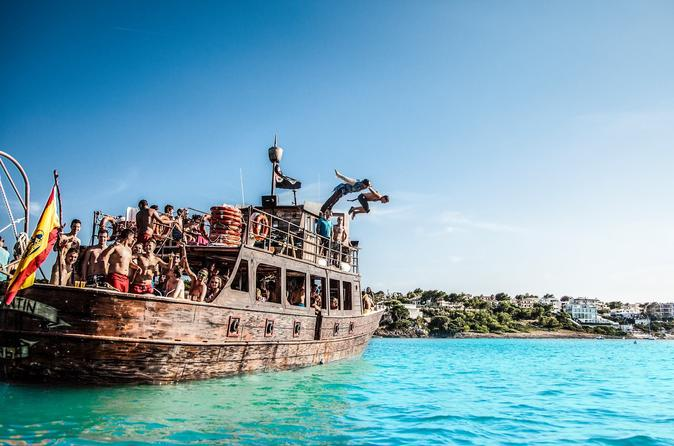Toegangskaart bootfeest op piratenschip Bay of Palma