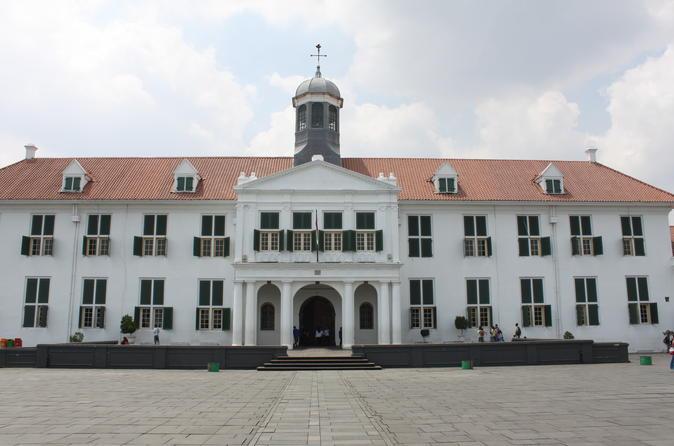 A WALK IN BATAVIA (OLDTOWN JAKARTA WALKING TOUR)