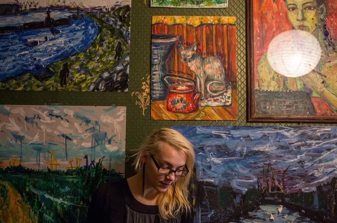 Open the doors to artists' studios