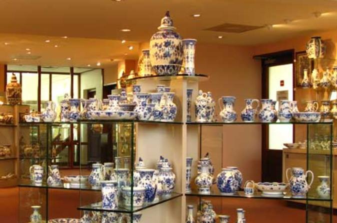 Delft pottery factory tour including pottery souvenir in delft 158814