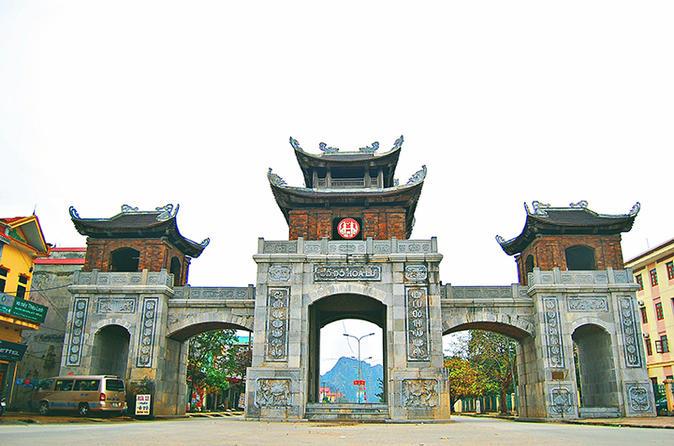 Full-Day Hoa Lu and Thung Nang Tour from Hanoi City