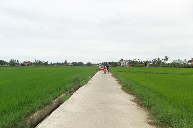 Half-Day Village Adventure Tour by Motorbike from Hoi An City
