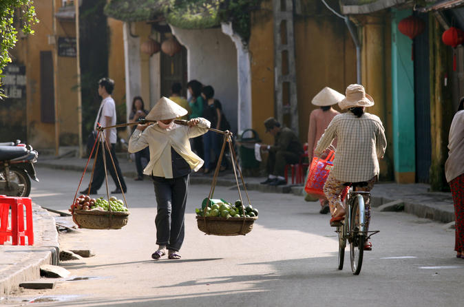 Hoi an cooking lesson and food tour by bike in hoi an 163289
