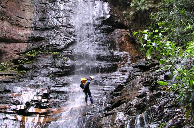 Spectacular Blue Mountains Empress Canyon and Abseiling Experience