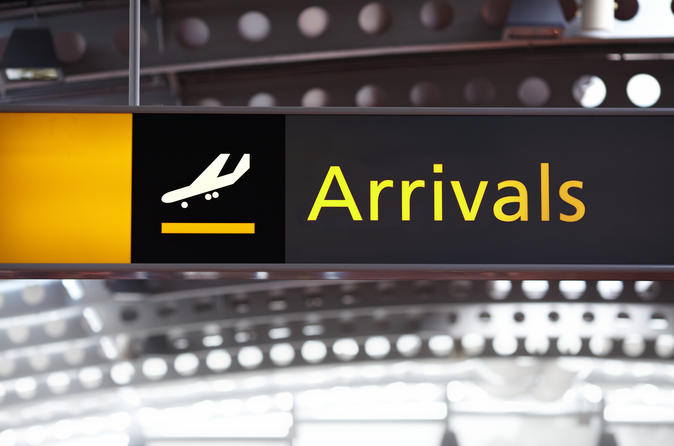 Shared Arrival Transfer: Mauritius Airport to Mauritius Hotels and Villas