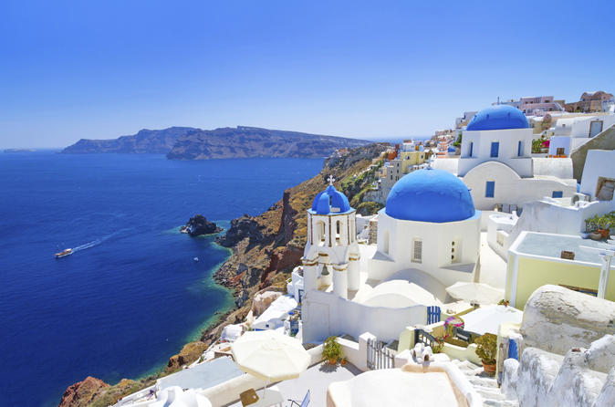 8-Day Turkey and Greece Tour from Istanbul: Greek Islands and Athens Cruise plus Ephesus, Pamukkale and Cappadocia by Bus