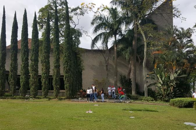 A New Perspective of Pablo Escobar's Life, A Great and Cultural Tour