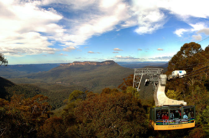 Blue mountains day tour including river cruise and wildlife park with in sydney 204259