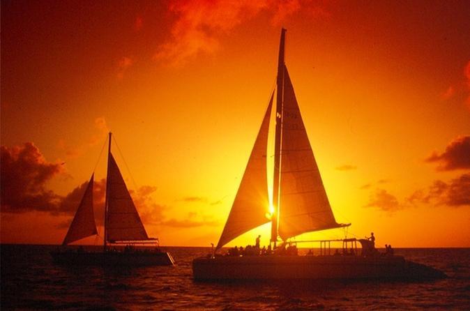 Cruzeiro ao pôr do sol em Aruba e jantar à beira-mar